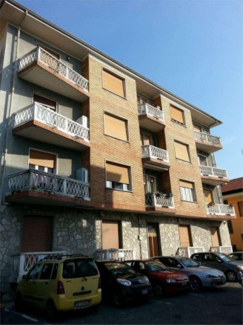 Appartamento in vendita a Orbassano, 3 locali, prezzo € 100.000 | CambioCasa.it