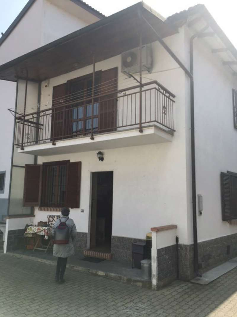 Soluzione Indipendente in vendita a Orbassano, 3 locali, prezzo € 189.000 | Cambio Casa.it