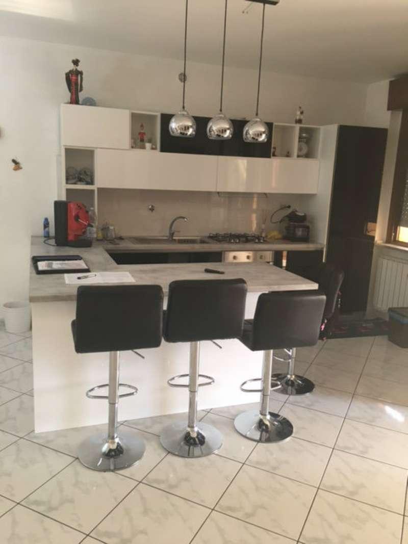 Appartamento in vendita a Orbassano, 3 locali, prezzo € 140.000 | CambioCasa.it
