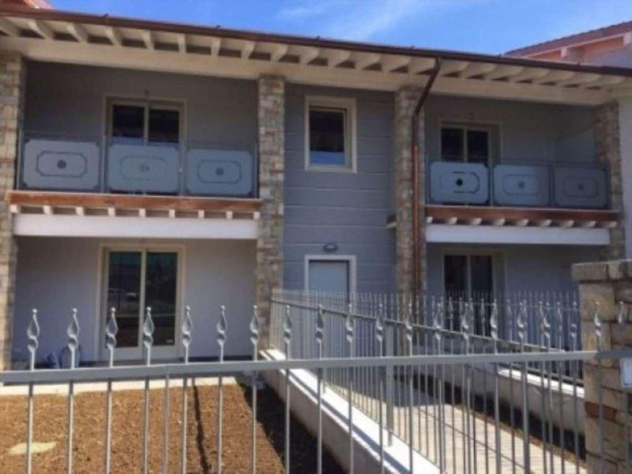 Appartamento in affitto a Castegnato, 2 locali, prezzo € 500 | Cambio Casa.it
