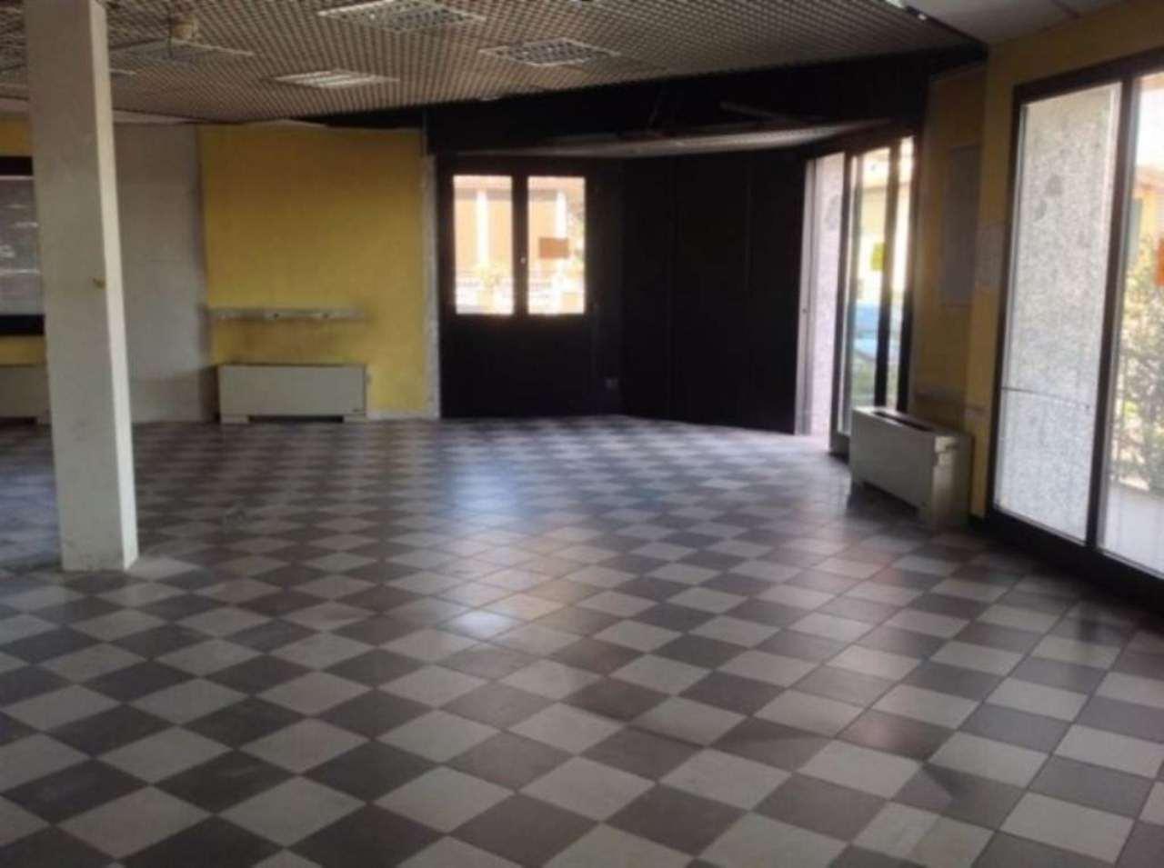 Negozio / Locale in vendita a Castegnato, 3 locali, prezzo € 320.000 | Cambio Casa.it