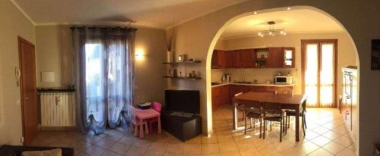 Appartamento in vendita a Castegnato, 3 locali, prezzo € 185.000 | Cambio Casa.it