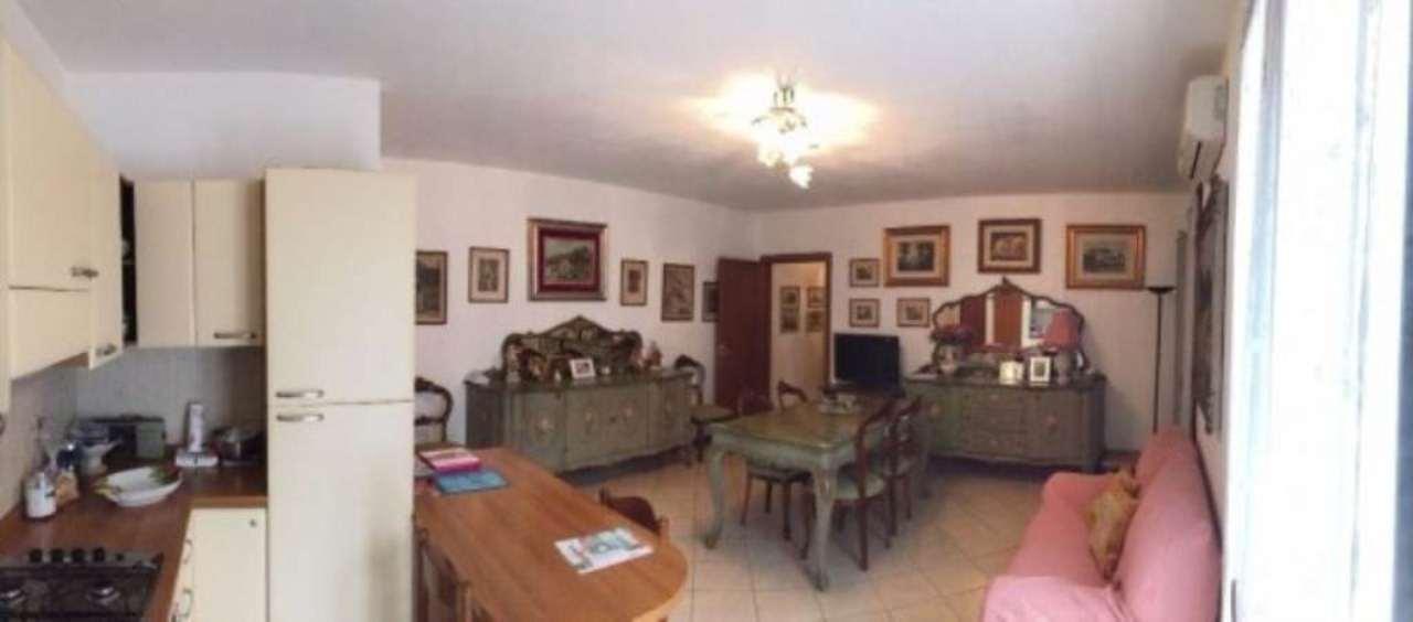 Appartamento in vendita a Castegnato, 3 locali, prezzo € 130.000 | Cambio Casa.it