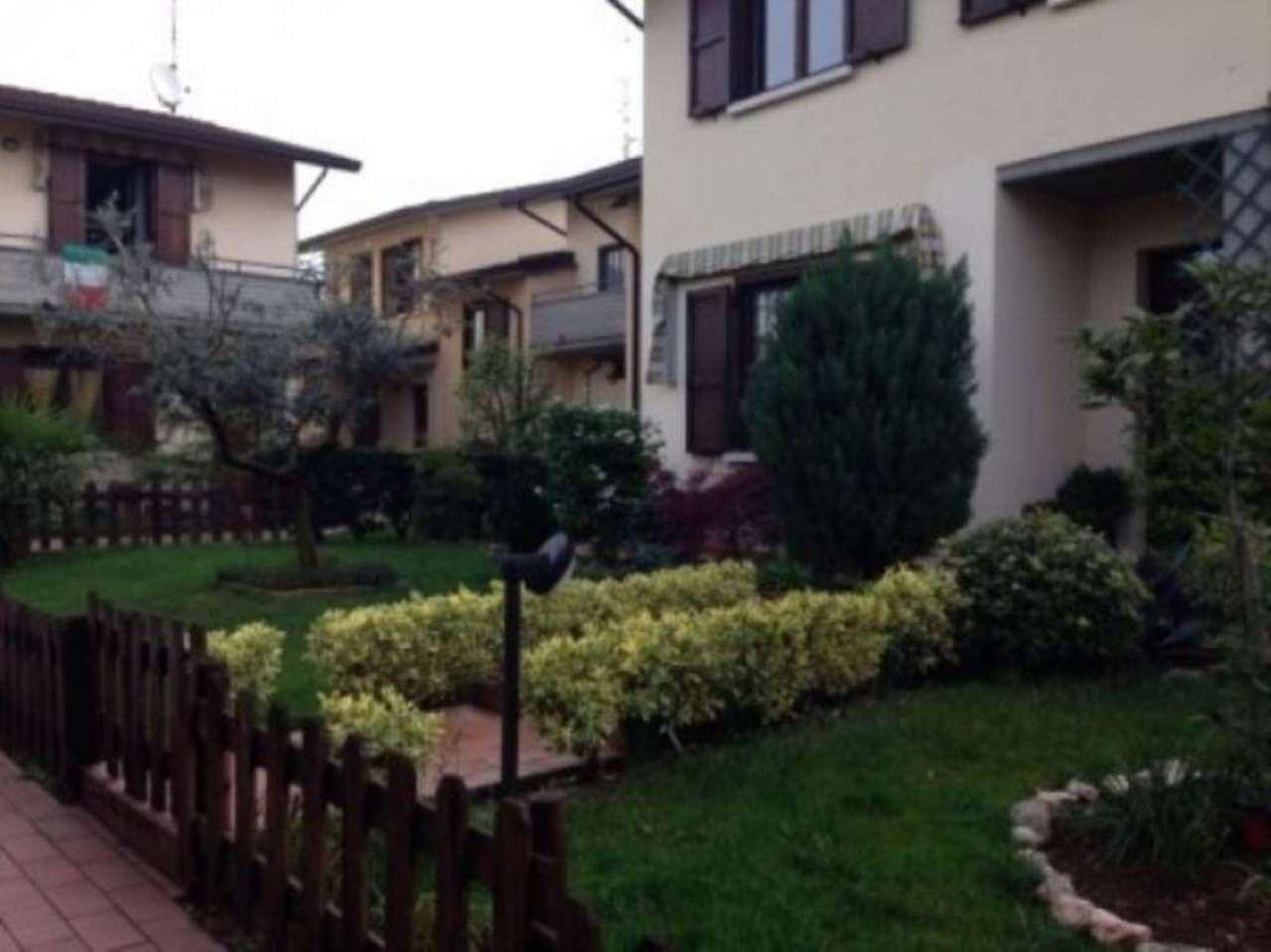 Villa in vendita a Castegnato, 4 locali, prezzo € 219.000 | Cambio Casa.it