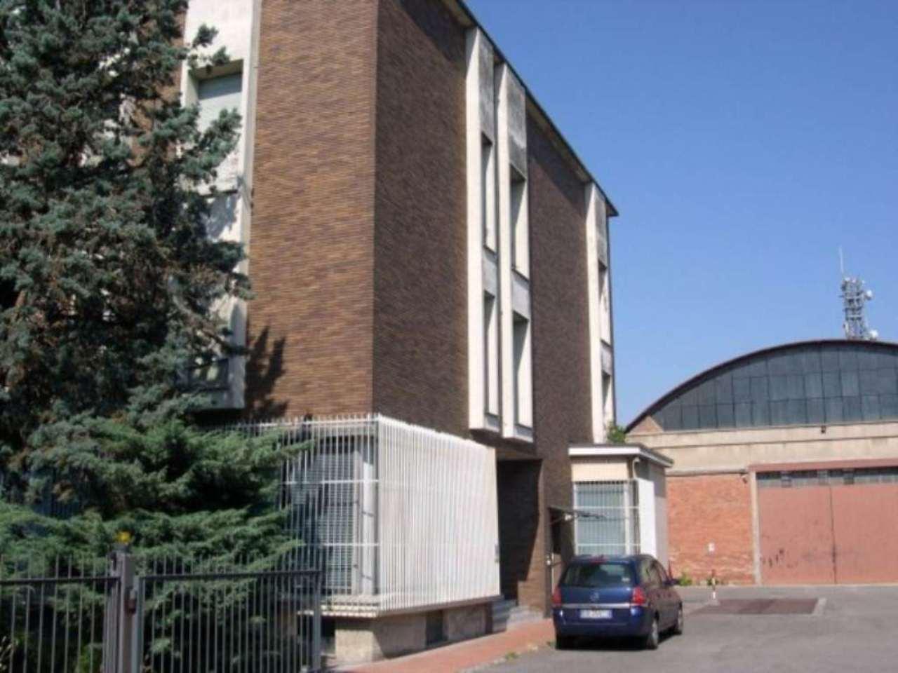 Capannone in vendita a Tortona, 6 locali, prezzo € 680.000 | Cambio Casa.it
