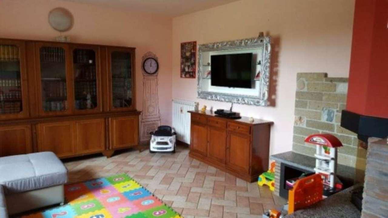 Rustico / Casale in vendita a Sale, 6 locali, prezzo € 190.000 | Cambio Casa.it