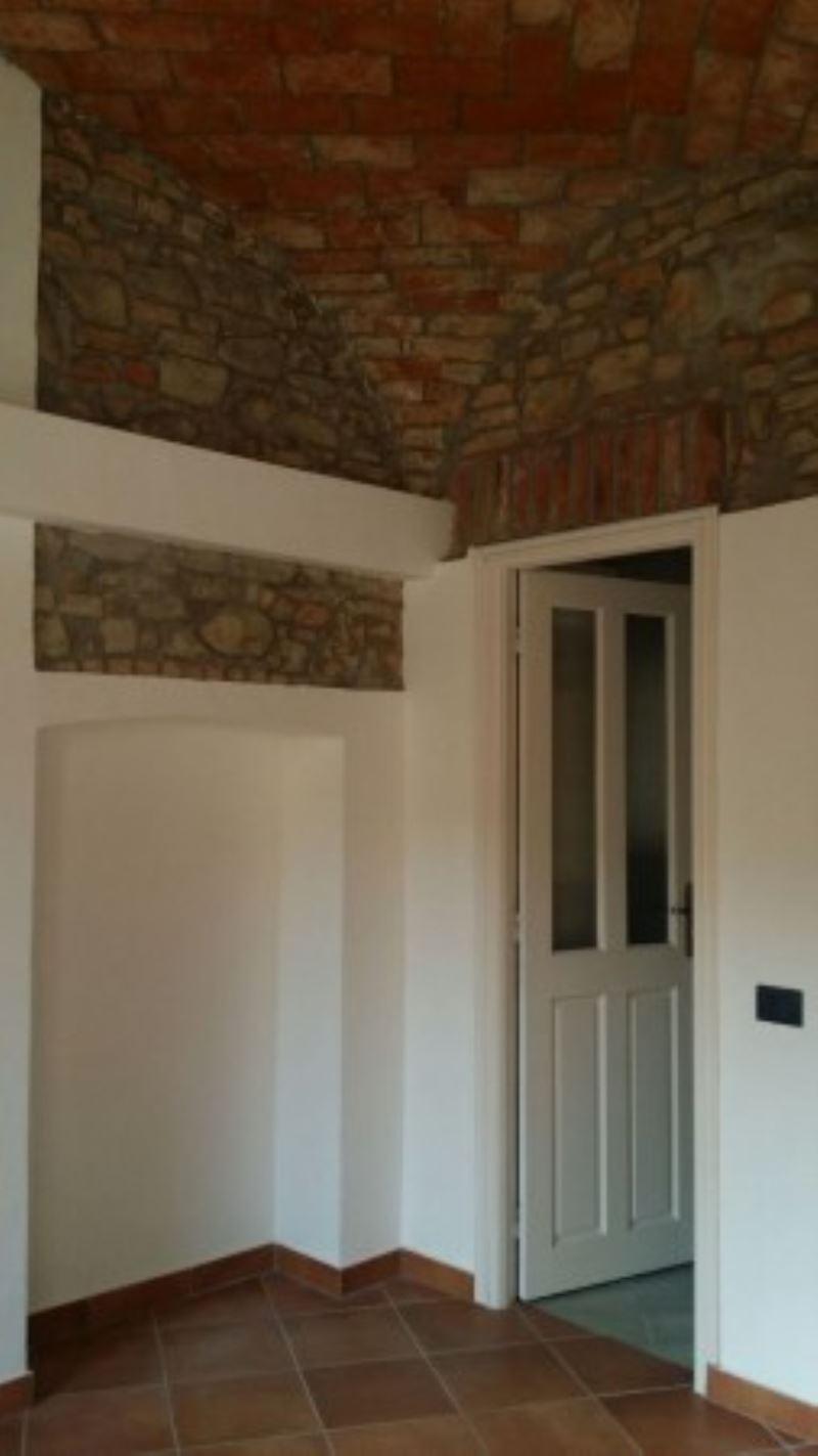 Appartamento in affitto a Volpedo, 6 locali, prezzo € 380 | Cambio Casa.it