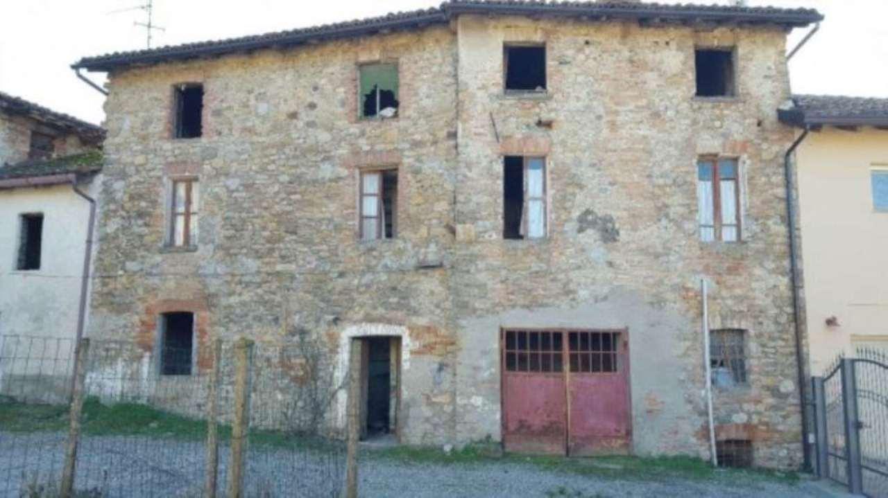 Rustico / Casale in vendita a Montemarzino, 6 locali, prezzo € 50.000 | Cambio Casa.it