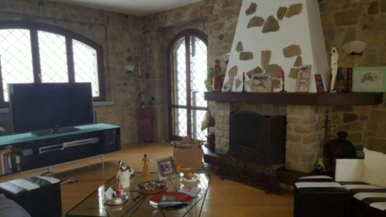 Villa in vendita a Tortona, 12 locali, prezzo € 800.000 | Cambio Casa.it