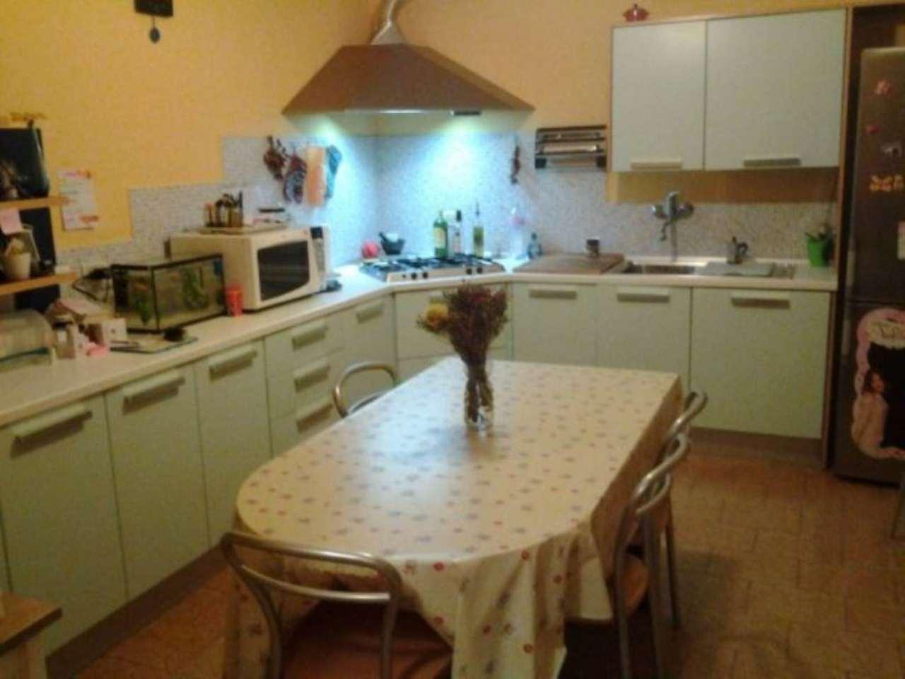 Villa in vendita a Tortona, 5 locali, prezzo € 280.000 | Cambio Casa.it