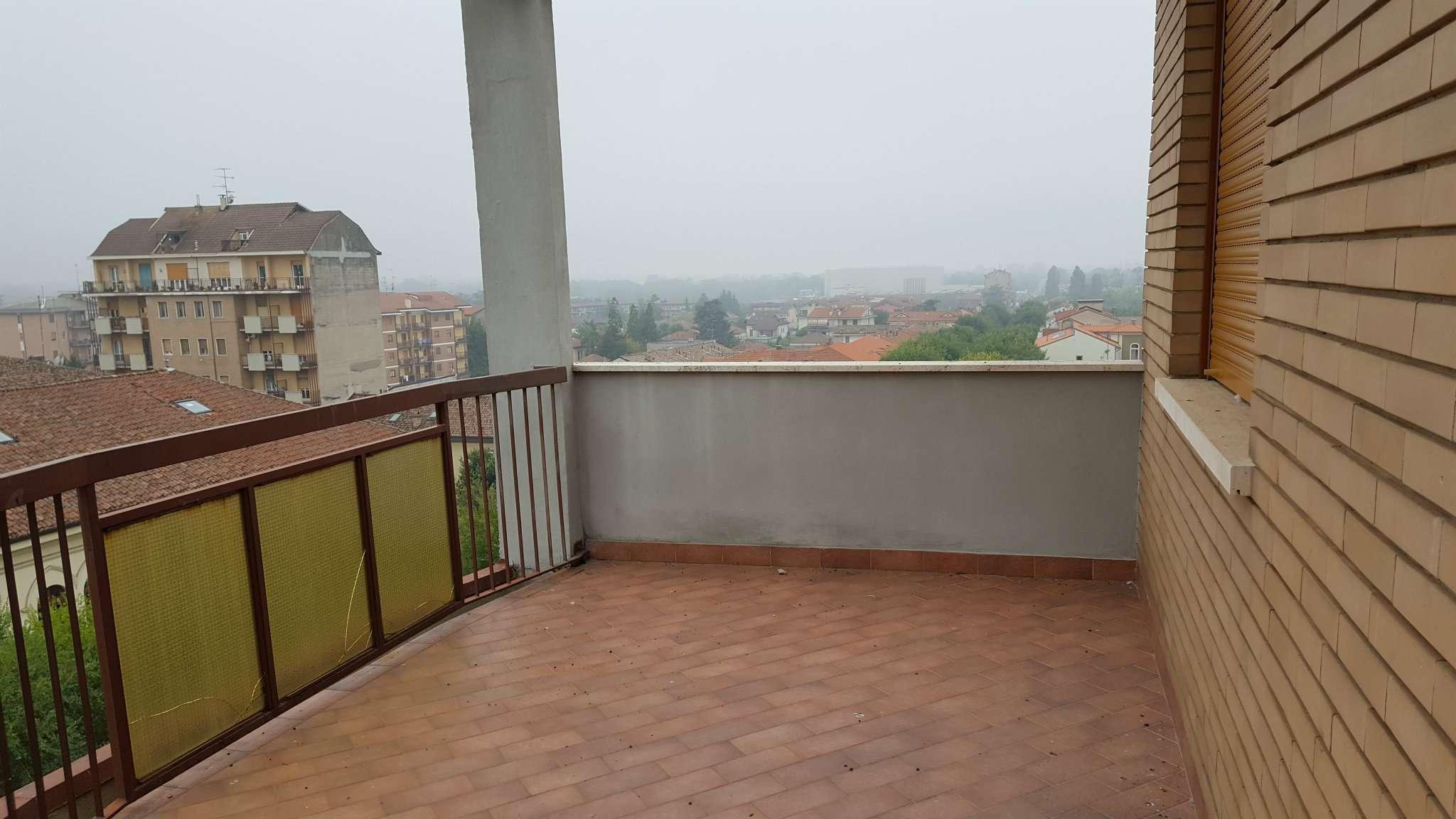 Attico / Mansarda in affitto a Tortona, 4 locali, prezzo € 380 | Cambio Casa.it