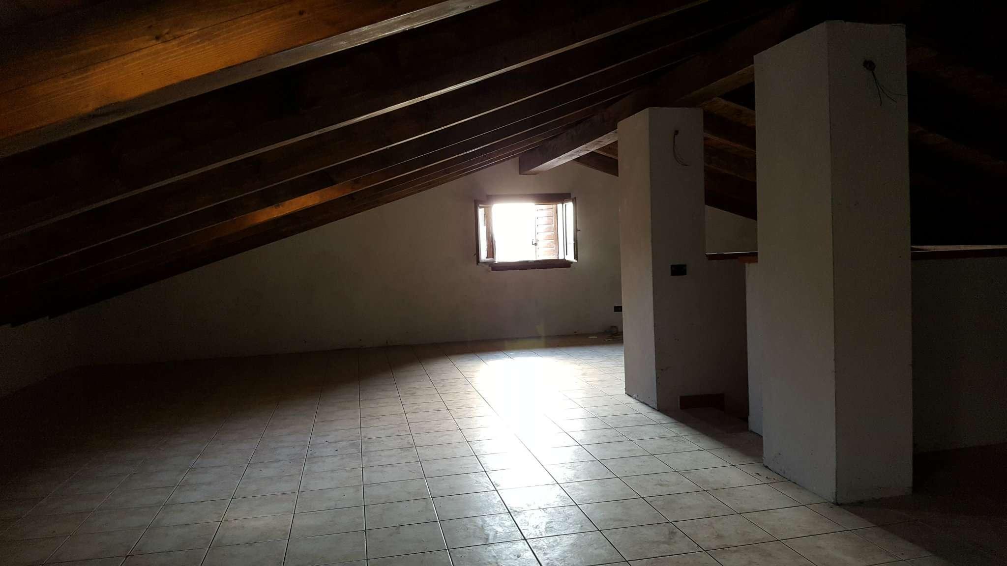 Appartamento in affitto a Tortona, 9999 locali, prezzo € 450 | Cambio Casa.it