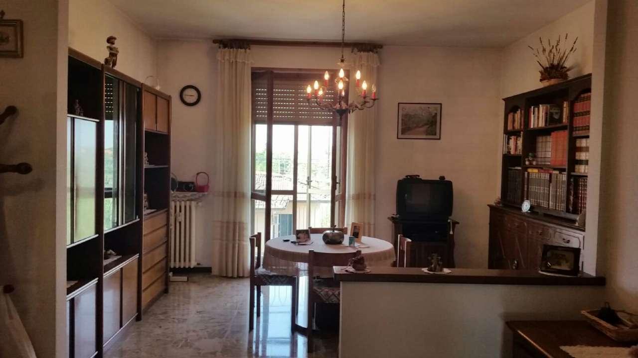 Appartamento in vendita a Tortona, 5 locali, prezzo € 110 | Cambio Casa.it