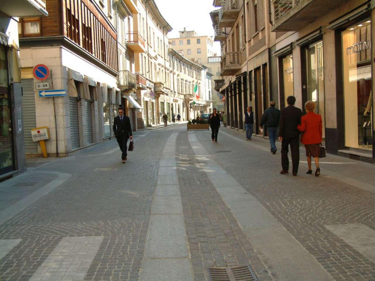 Bar in vendita a Voghera, 2 locali, prezzo € 210.000   Cambio Casa.it