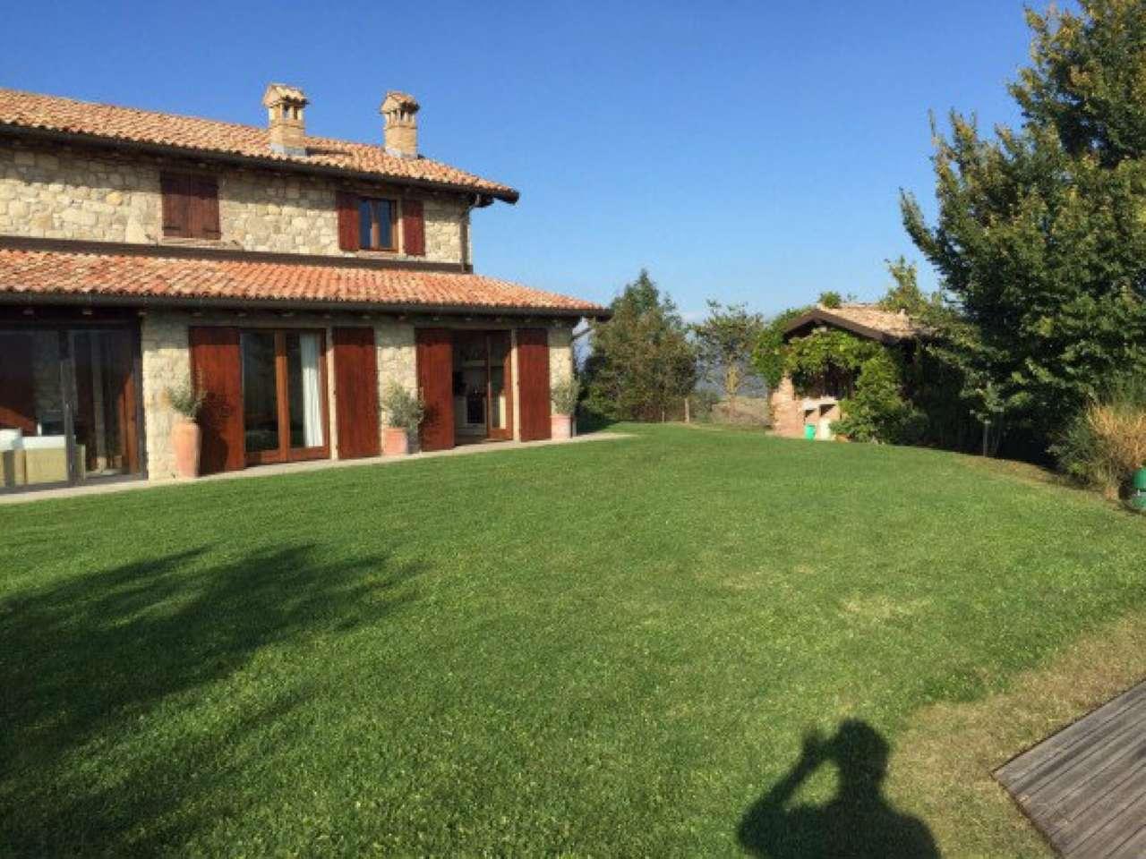Soluzione Indipendente in vendita a Borgo Priolo, 5 locali, prezzo € 900.000 | Cambio Casa.it