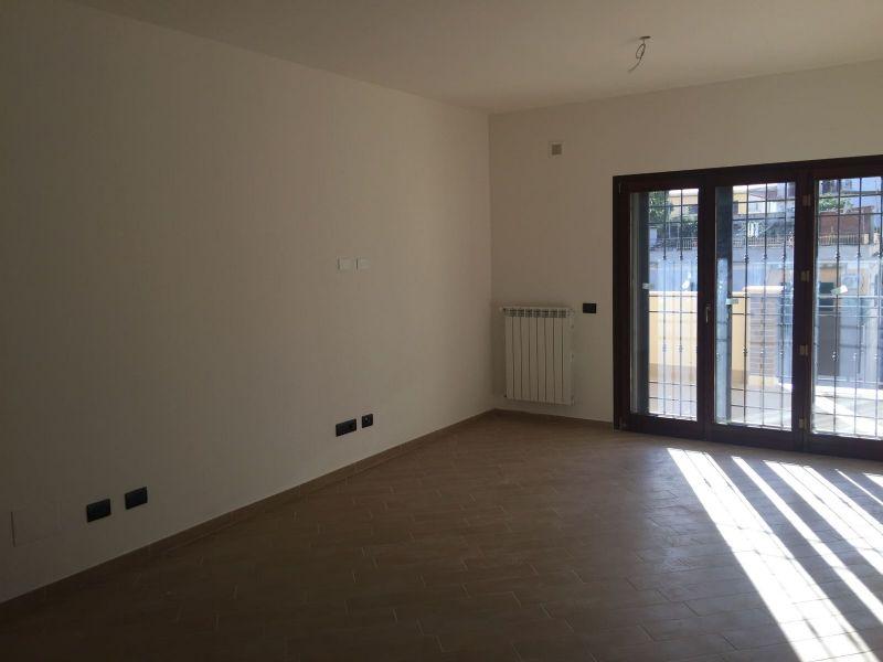 Appartamento in affitto a Guidonia Montecelio, 4 locali, prezzo € 780 | Cambio Casa.it