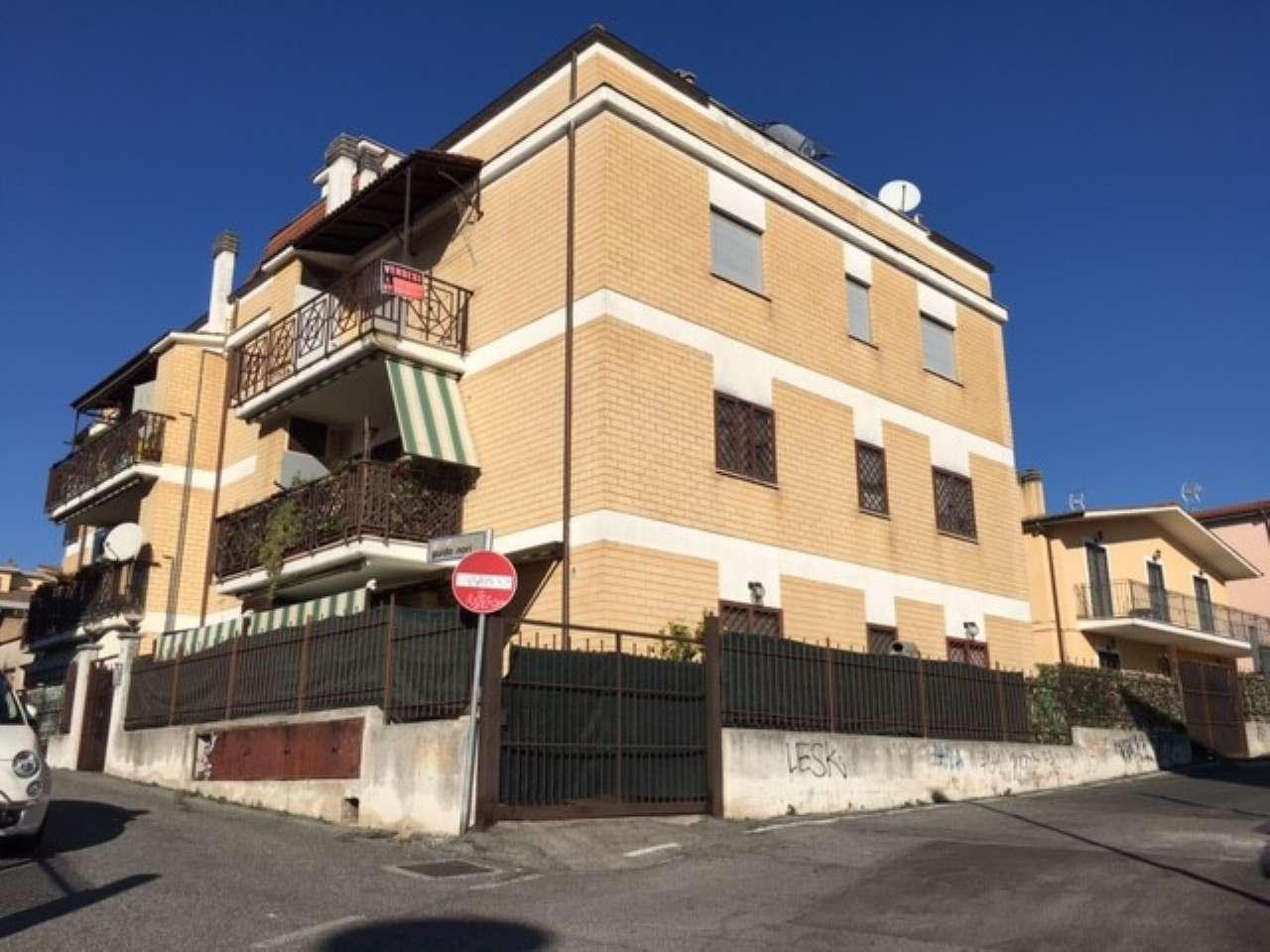 Appartamento in affitto a Castelnuovo di Porto, 3 locali, prezzo € 500 | Cambio Casa.it