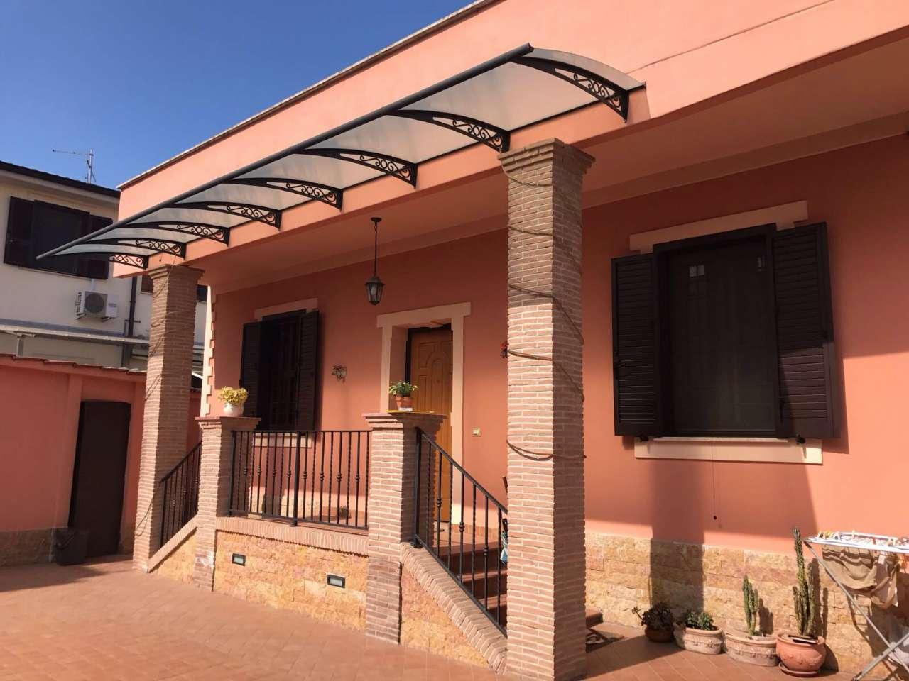 Soluzione Indipendente in vendita a Guidonia Montecelio, 5 locali, prezzo € 250.000 | Cambio Casa.it