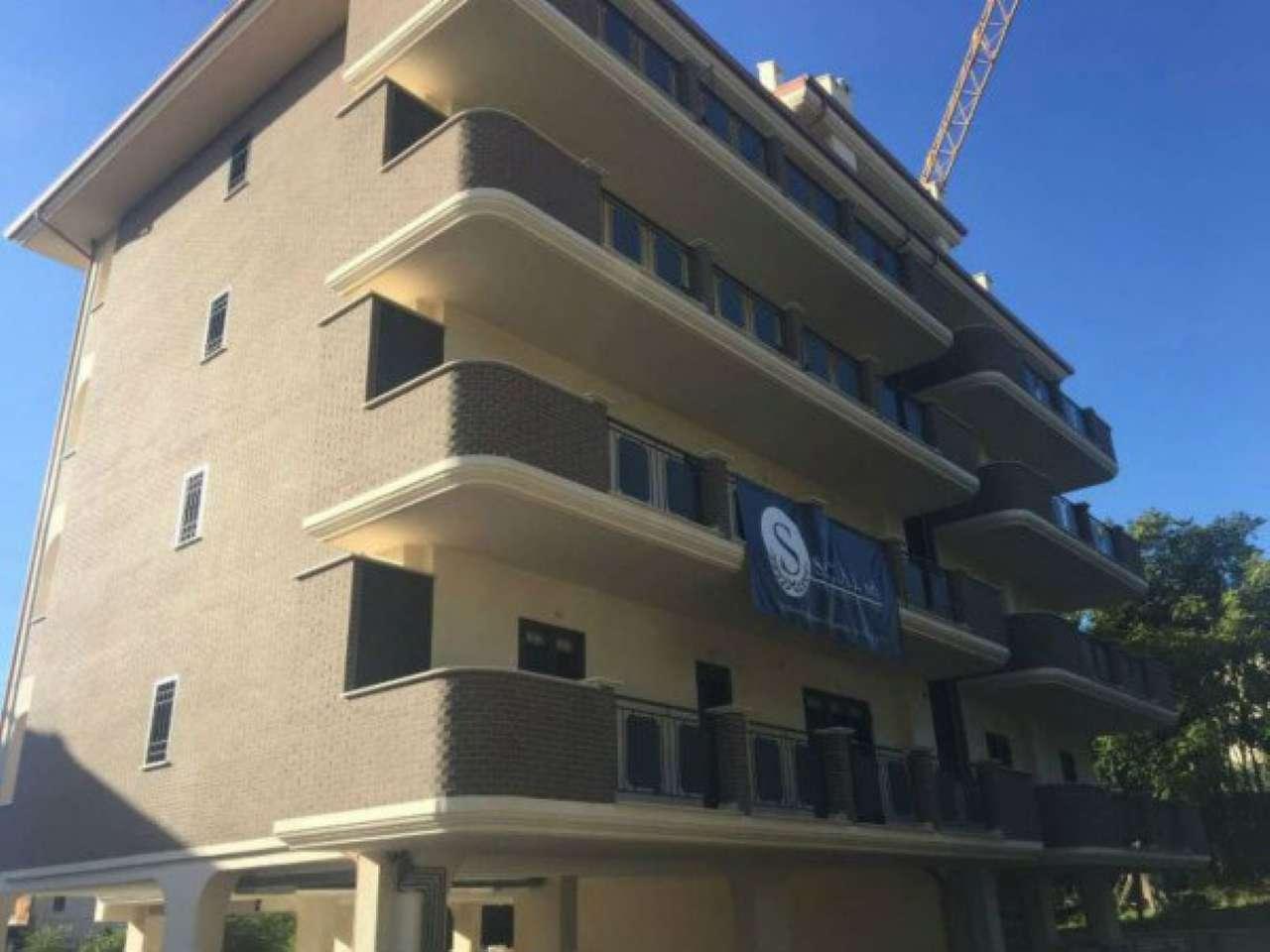 Appartamento in affitto a Guidonia Montecelio, 2 locali, prezzo € 550 | Cambio Casa.it