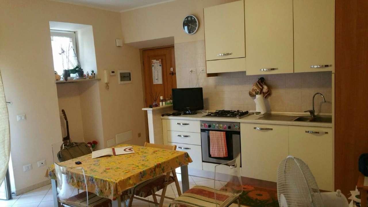 Appartamento in vendita a Moricone, 3 locali, prezzo € 75.000 | CambioCasa.it