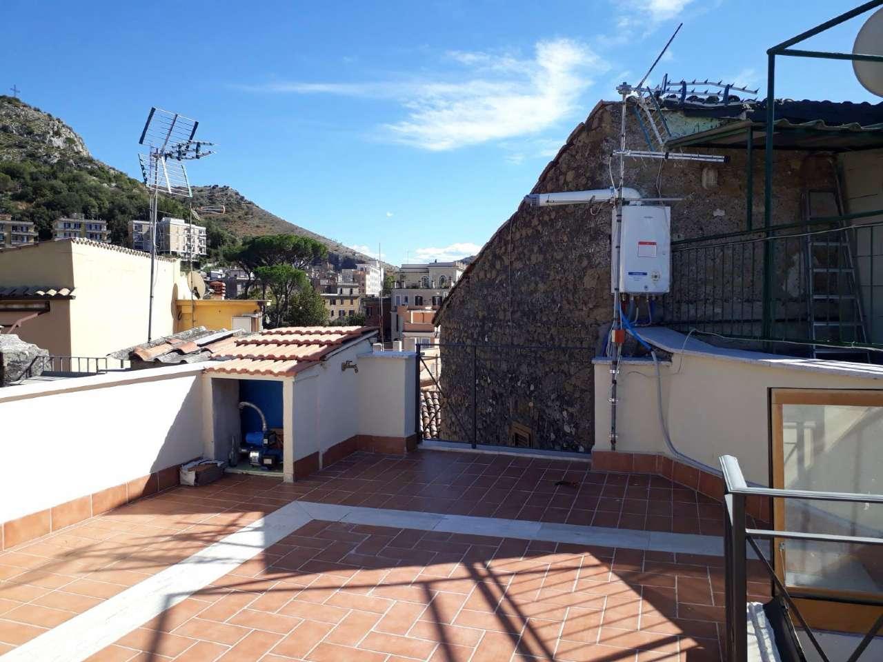 Bilocale Tivoli Via Della Sibilla 1