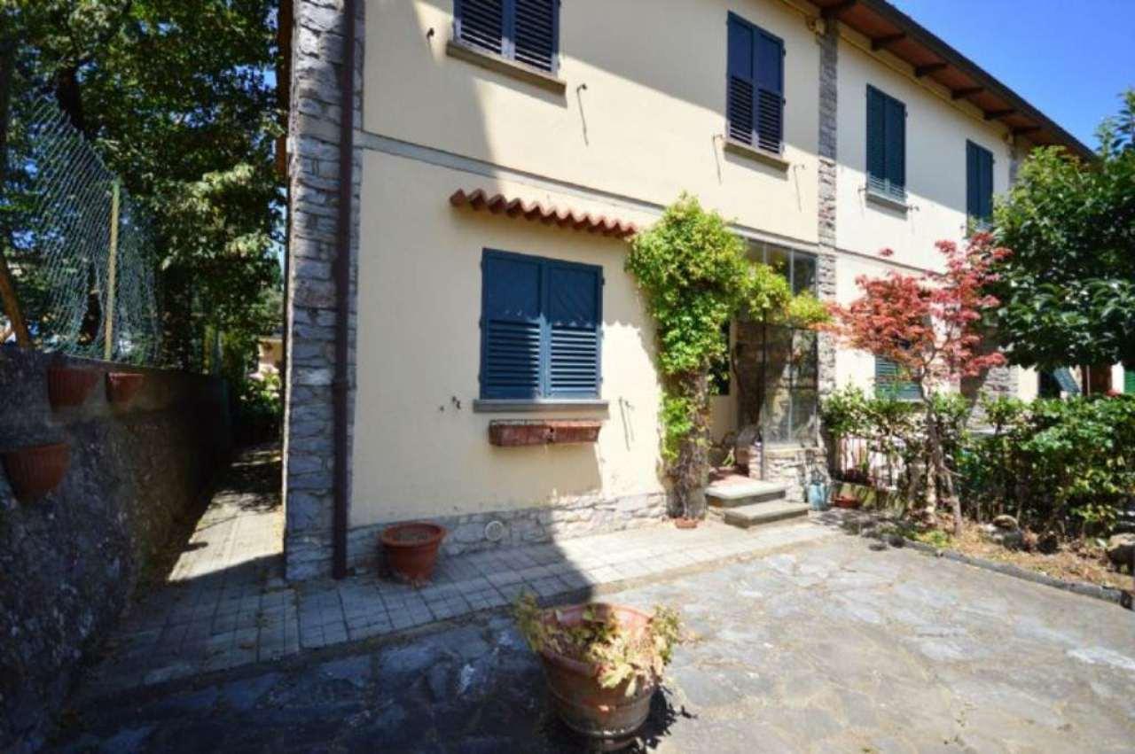 Palazzo / Stabile in Vendita a Montevarchi