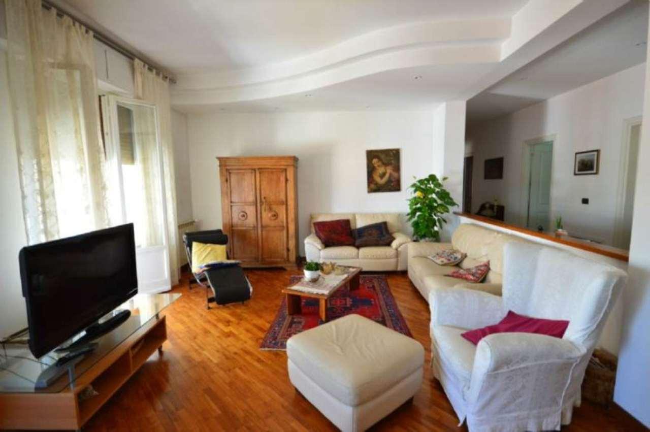 Appartamento in vendita a Montevarchi, 6 locali, prezzo € 180.000 | Cambio Casa.it