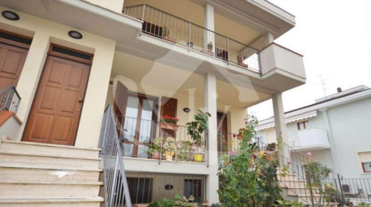 Appartamento in vendita a Montevarchi, 3 locali, prezzo € 145.000 | Cambio Casa.it
