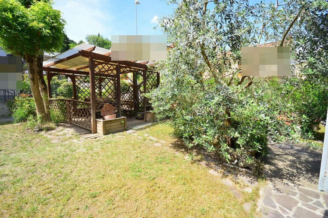 Soluzione Semindipendente in vendita a Montevarchi, 6 locali, prezzo € 370.000 | Cambio Casa.it
