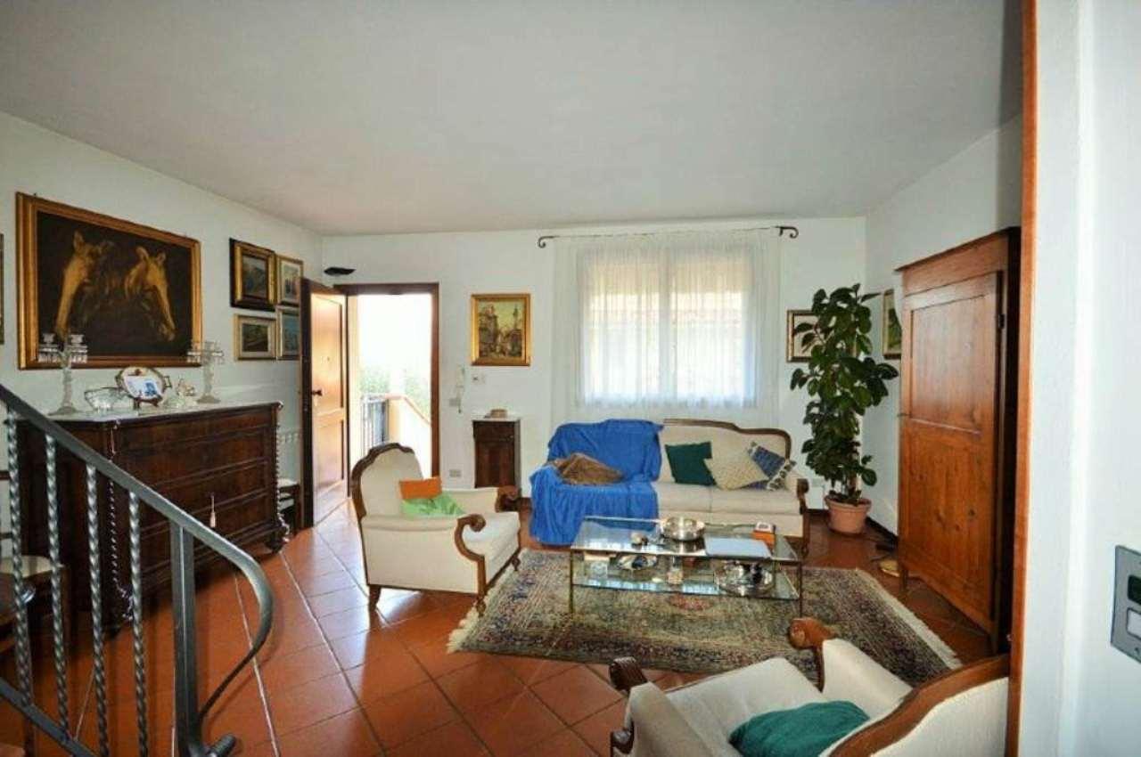 Palazzo / Stabile in vendita a Rignano sull'Arno, 6 locali, prezzo € 278.000 | Cambio Casa.it