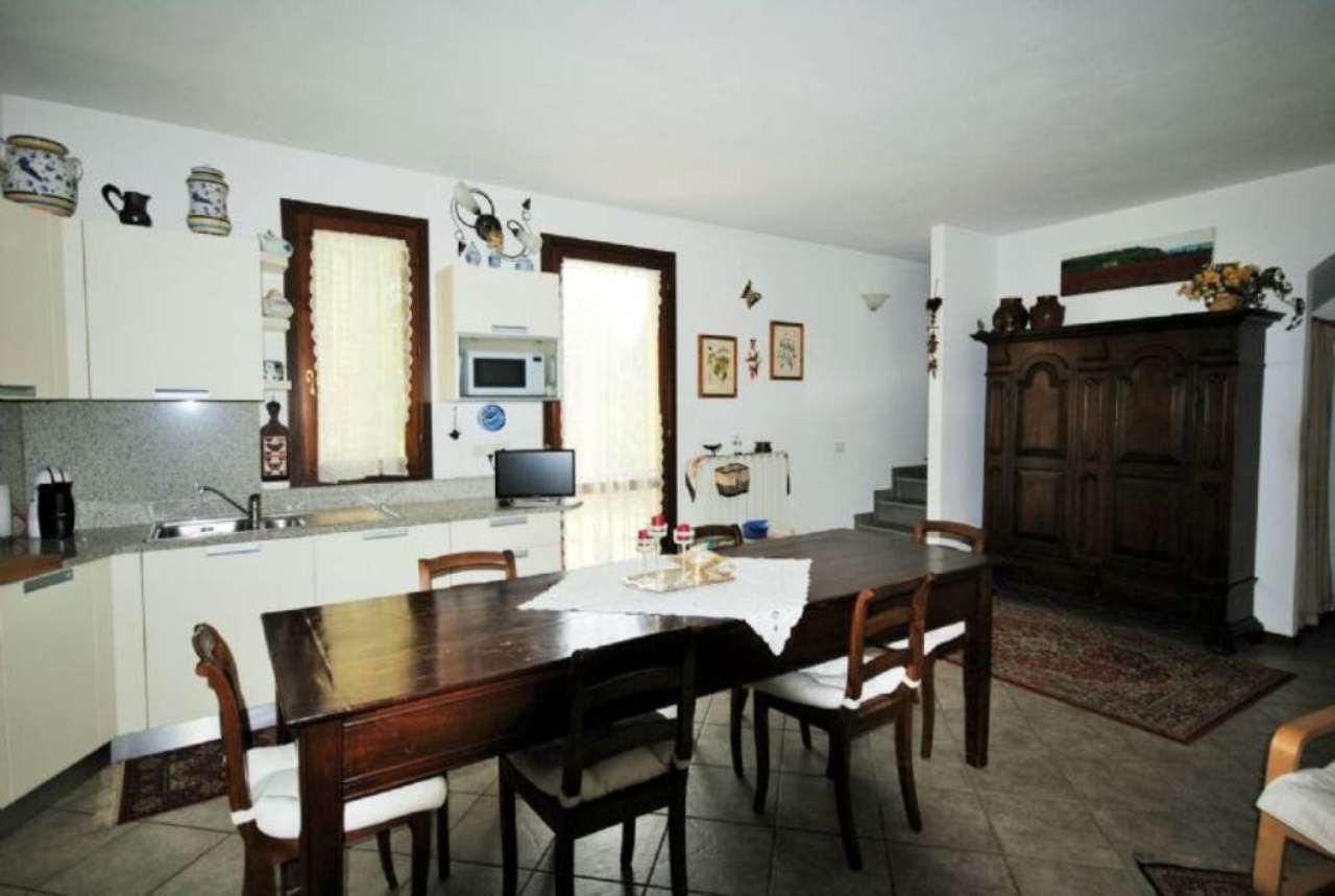 Palazzo / Stabile in vendita a Rignano sull'Arno, 3 locali, prezzo € 149.000 | Cambio Casa.it