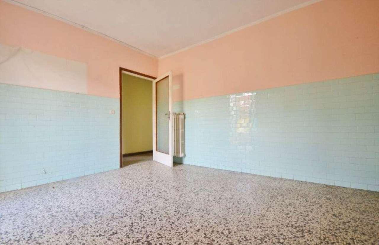 Appartamento in vendita a Figline e Incisa Valdarno, 4 locali, prezzo € 78.000   Cambio Casa.it