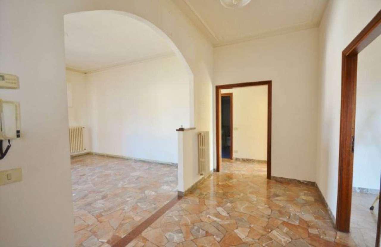 Appartamento in vendita a Figline e Incisa Valdarno, 4 locali, prezzo € 89.000   Cambio Casa.it