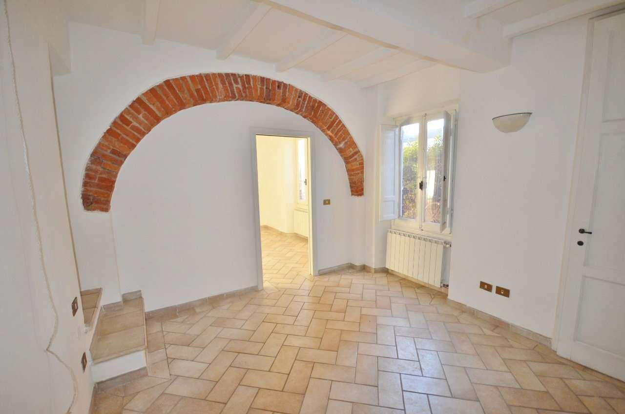 Appartamento in vendita a Figline e Incisa Valdarno, 3 locali, prezzo € 58.000 | Cambio Casa.it