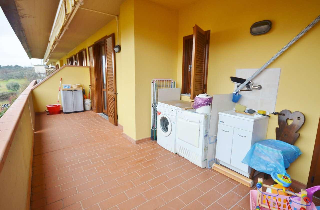 Appartamento in vendita a Reggello, 3 locali, prezzo € 133.000 | Cambio Casa.it