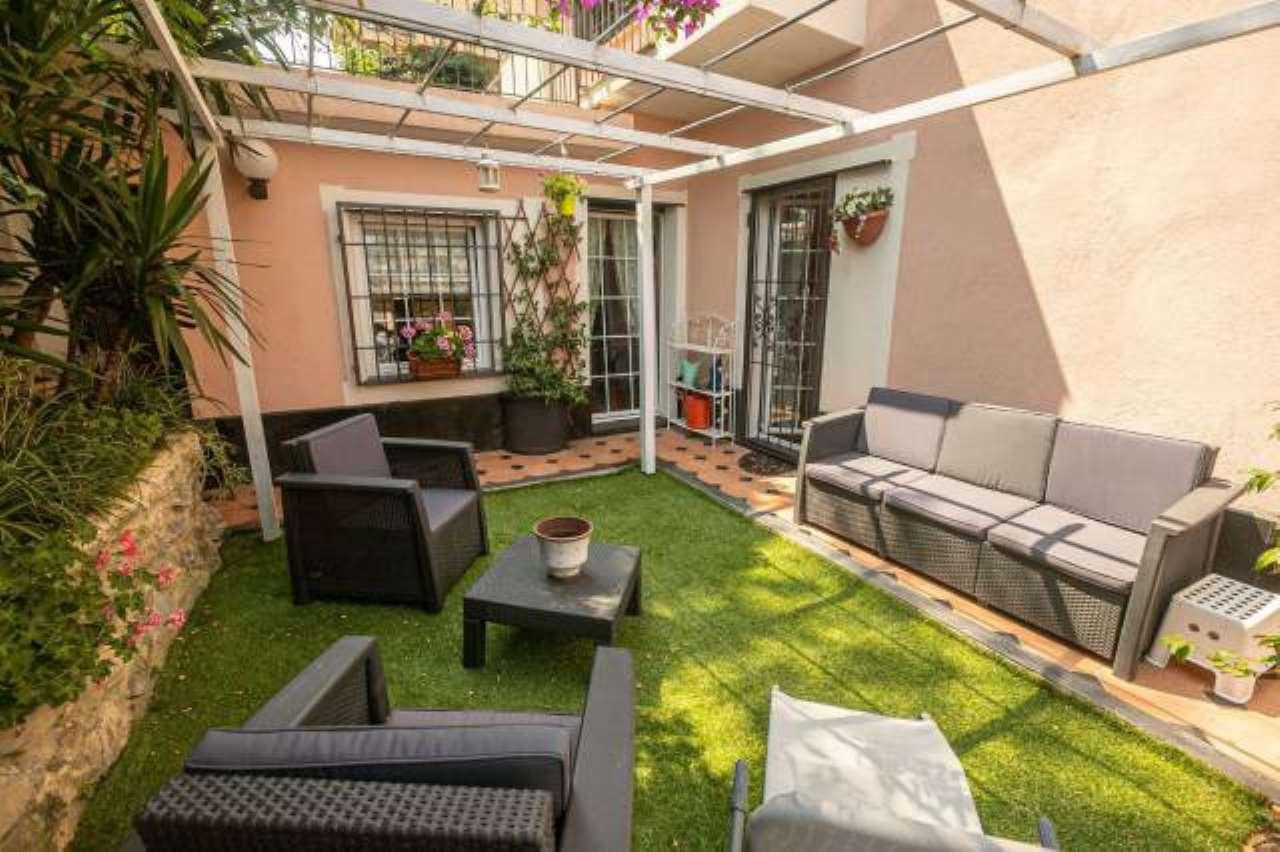 Foto 1 di Appartamento viale Primavera, 15, Genova (zona Quarto)