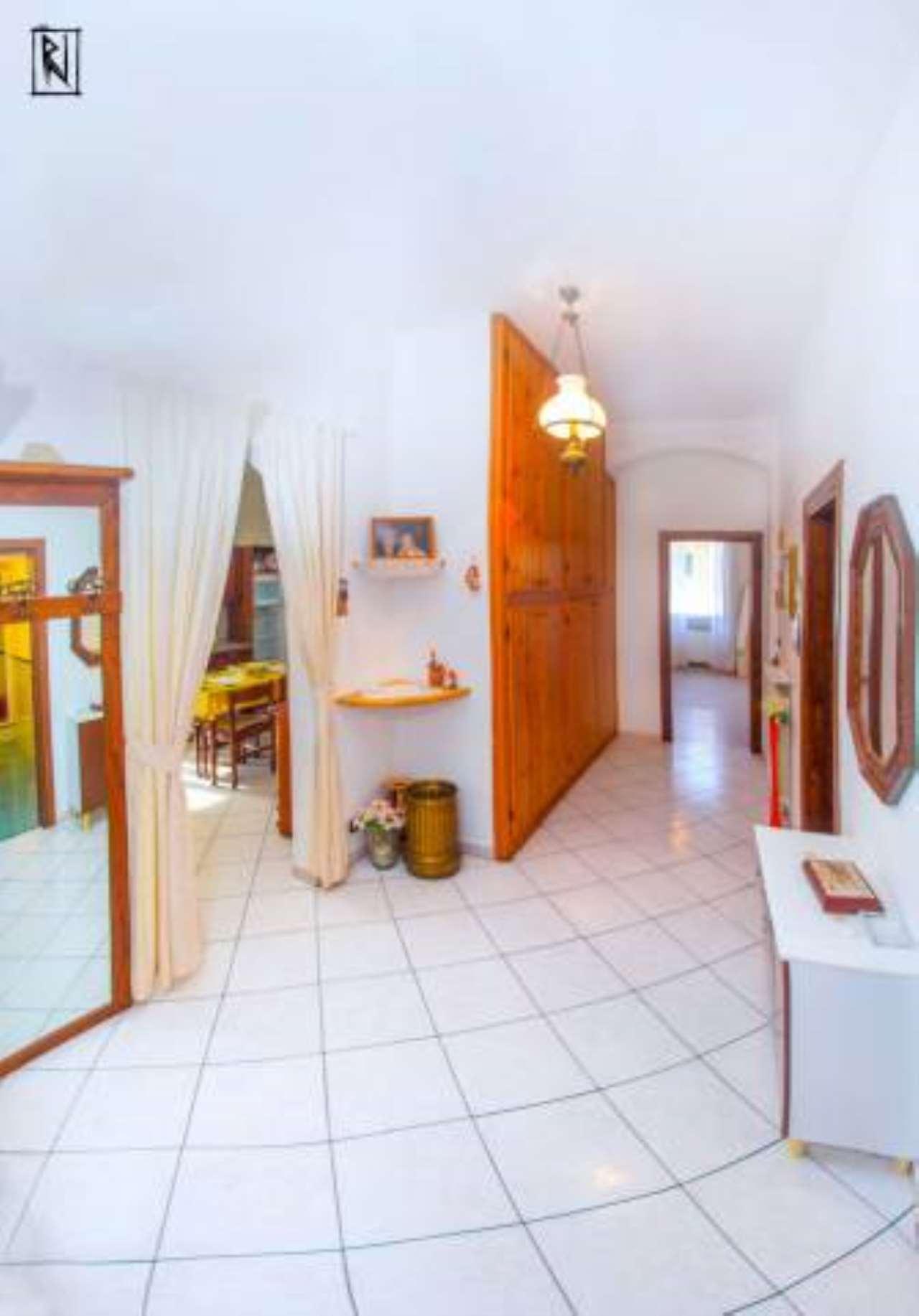 Foto 1 di Appartamento viale Vittorio Veneto, Ronco Scrivia