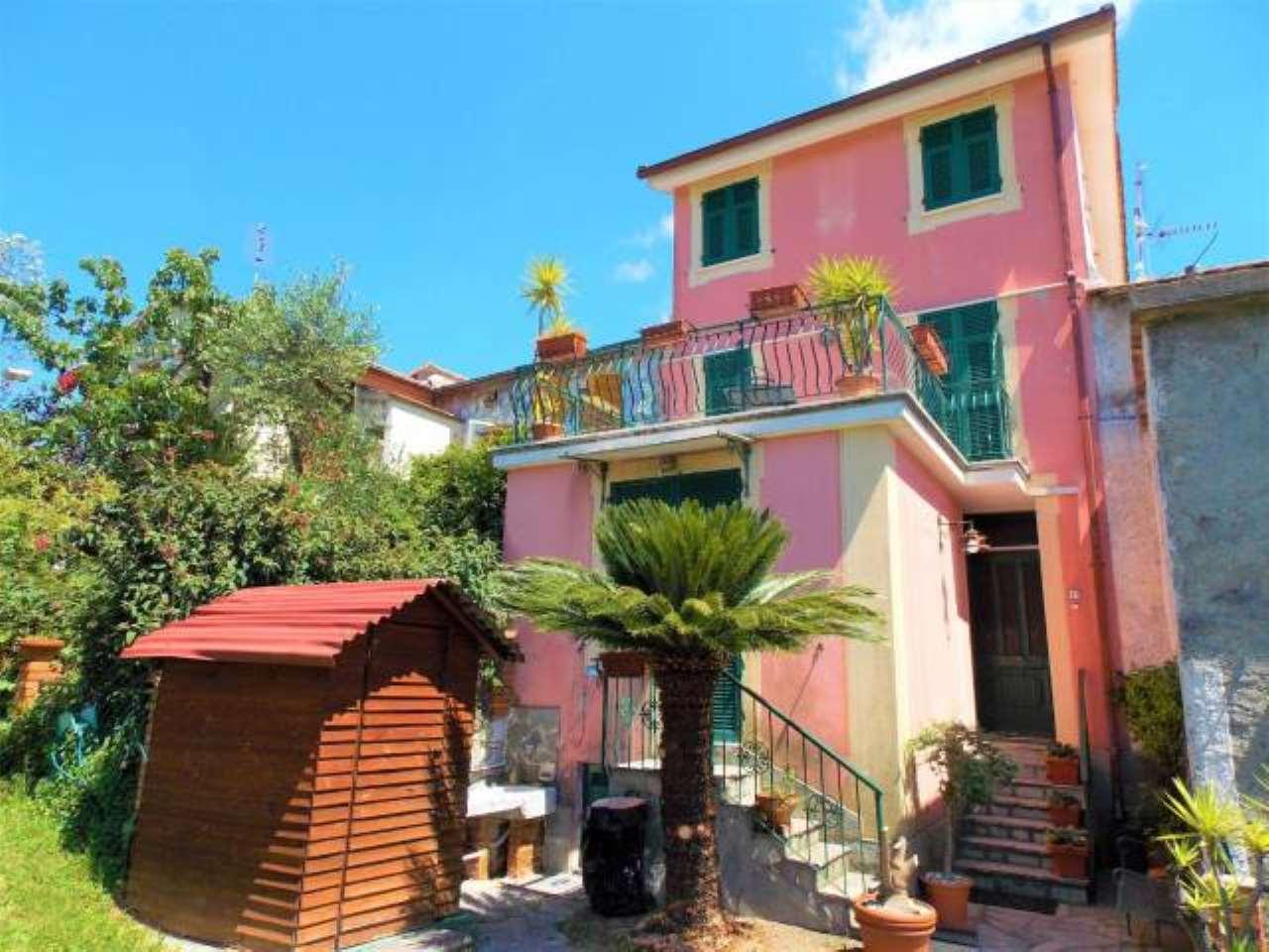Foto 1 di Villetta a schiera via Crocetta, 15, Leivi