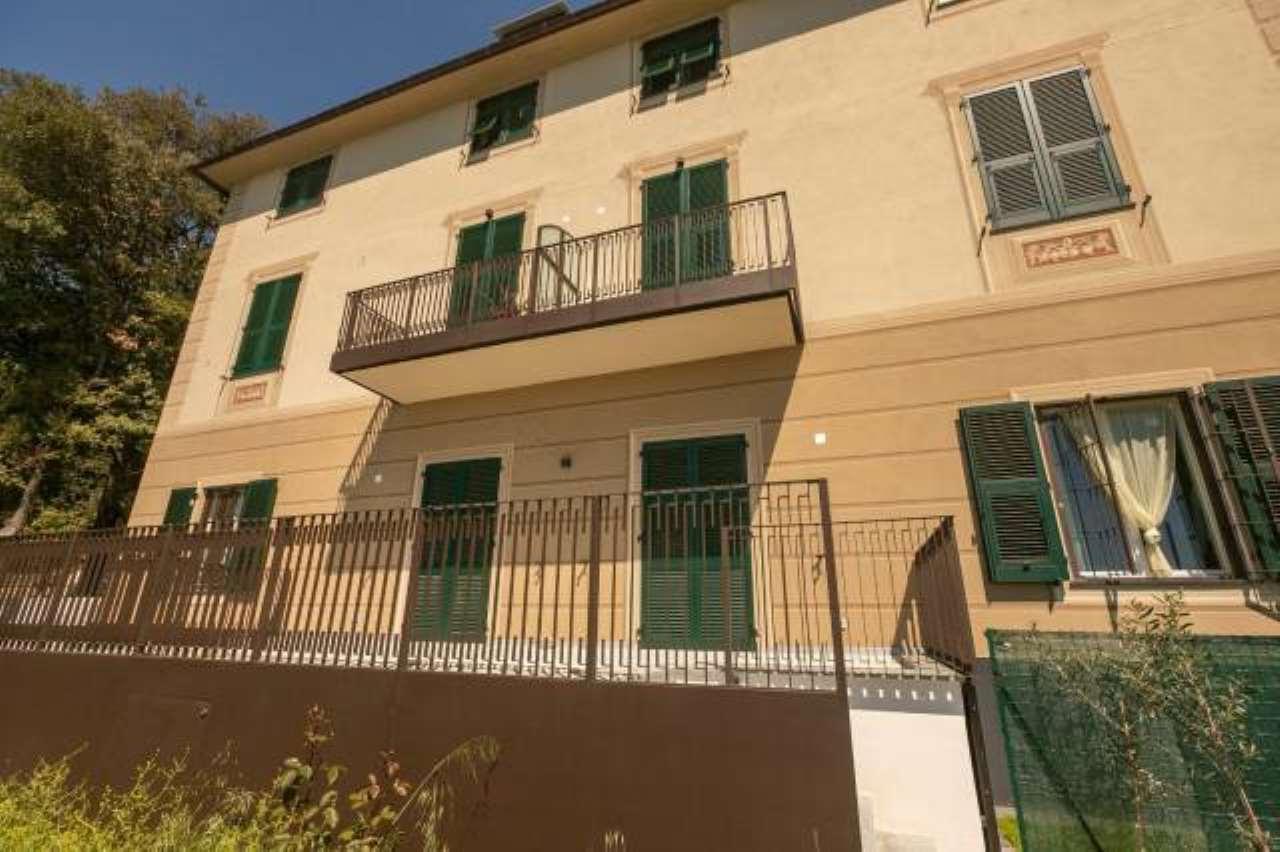 Foto 1 di Villetta a schiera salita di Granarolo, 118, Genova (zona Oregina-Granarolo, Di Negro)