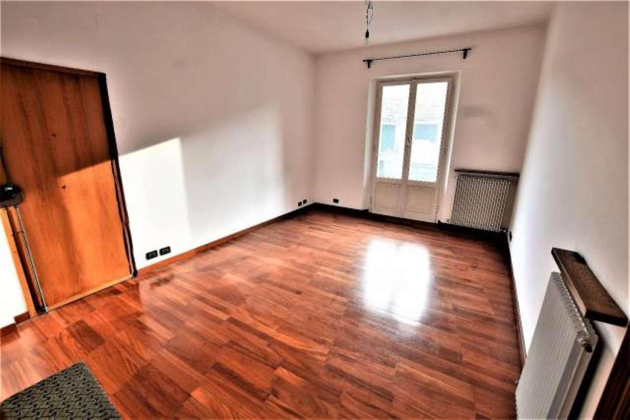 Foto 1 di Appartamento via IV Novembre, 86, Ronco Scrivia