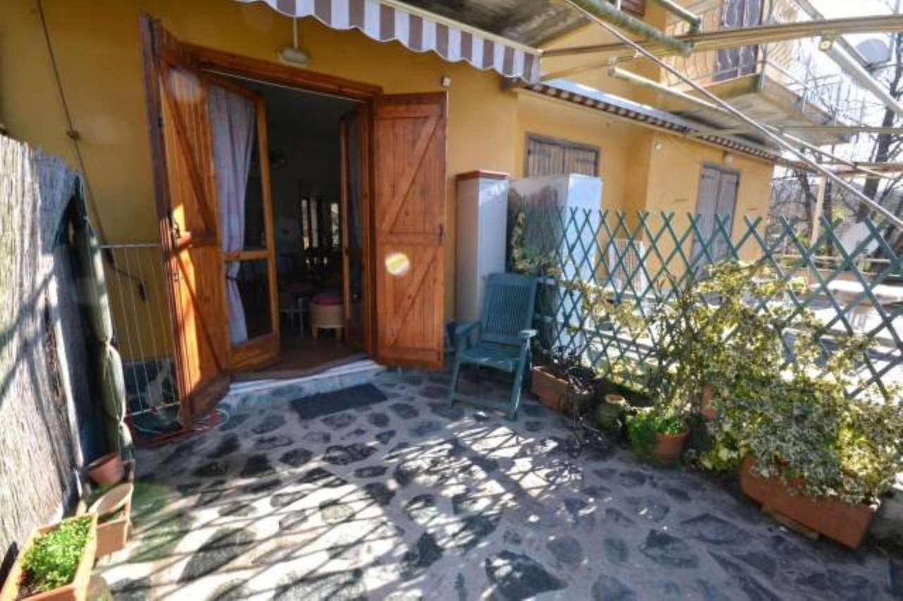 Foto 1 di Bilocale via Privata Ragnoli 44, frazione Ronchetto, Savignone