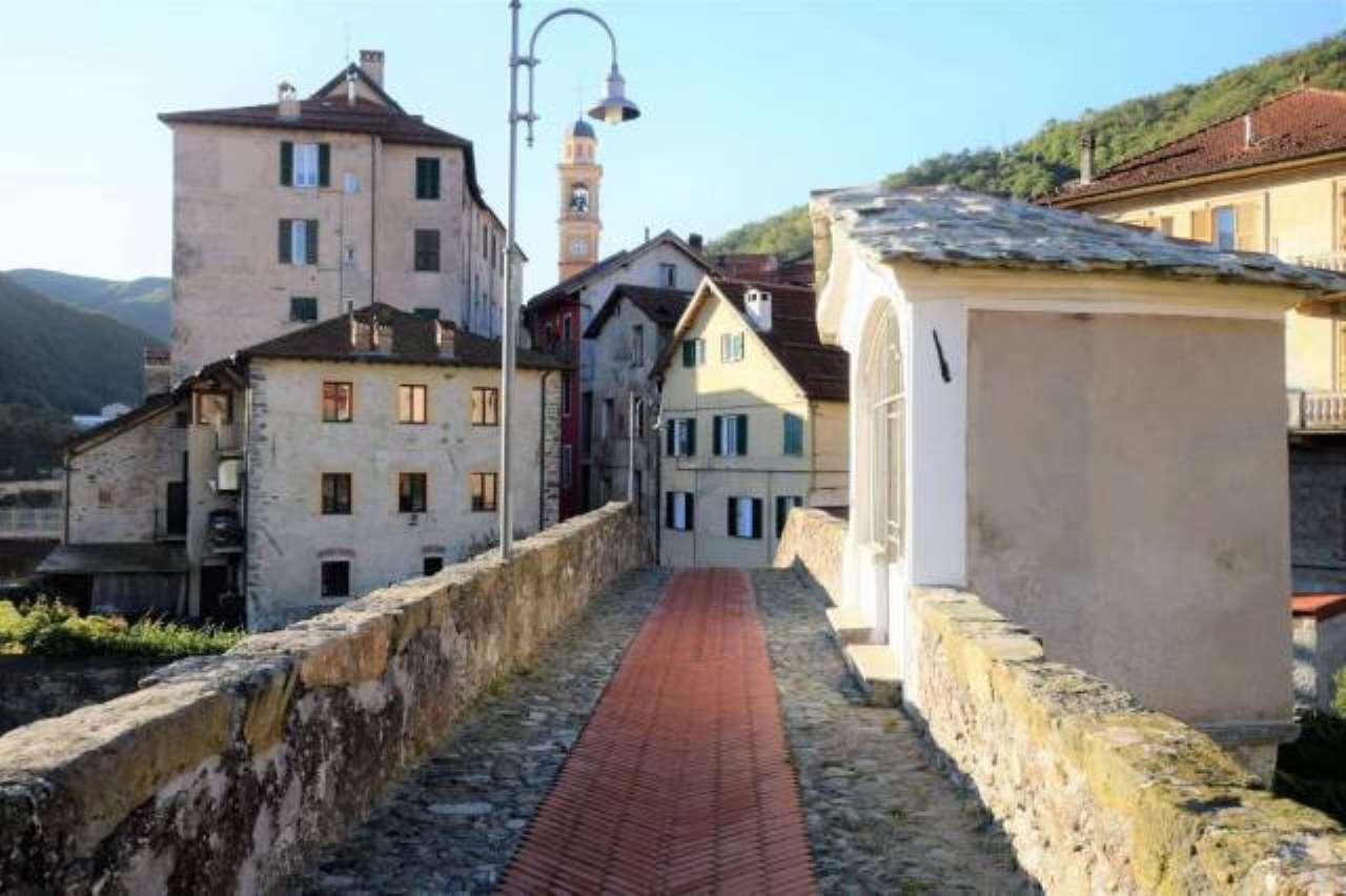 Foto 1 di Trilocale via MAZZINI, 17, Rossiglione