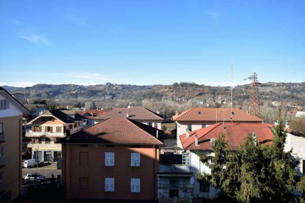 Foto 1 di Appartamento c.so Italia, 110, Ovada