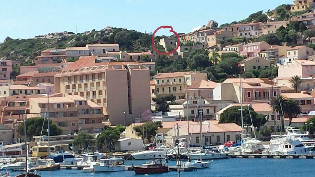 Foto 1 di Casa indipendente via Guglielmo Marconi  snc, La Maddalena