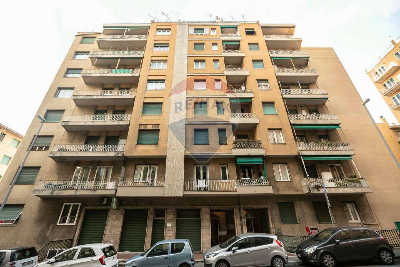 Foto 1 di Appartamento via Montaldo 22, Genova (zona Marassi-Staglieno)