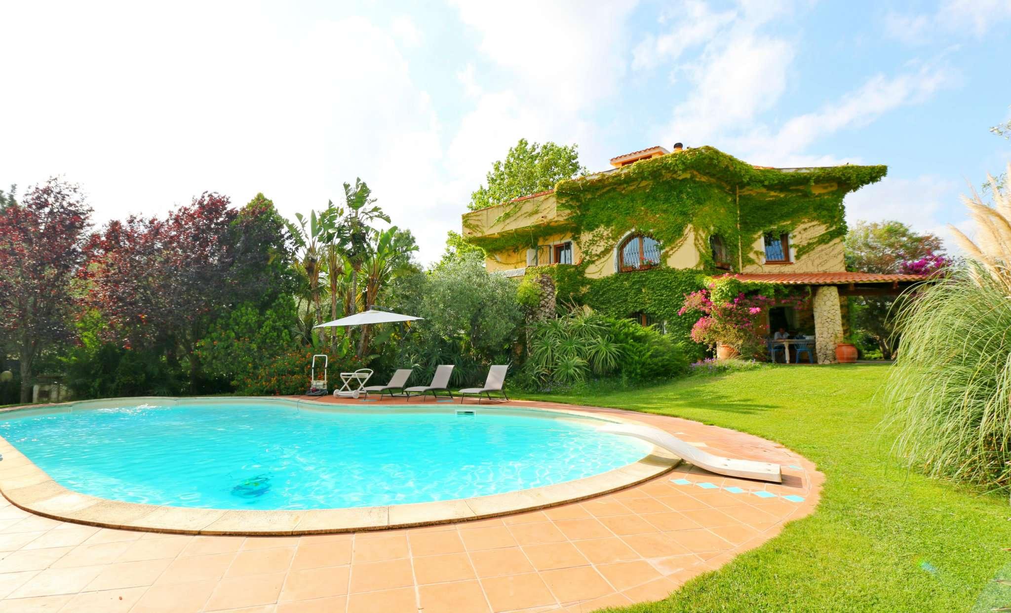 Foto 1 di Villa strada Costa Paloni 82, Sassari