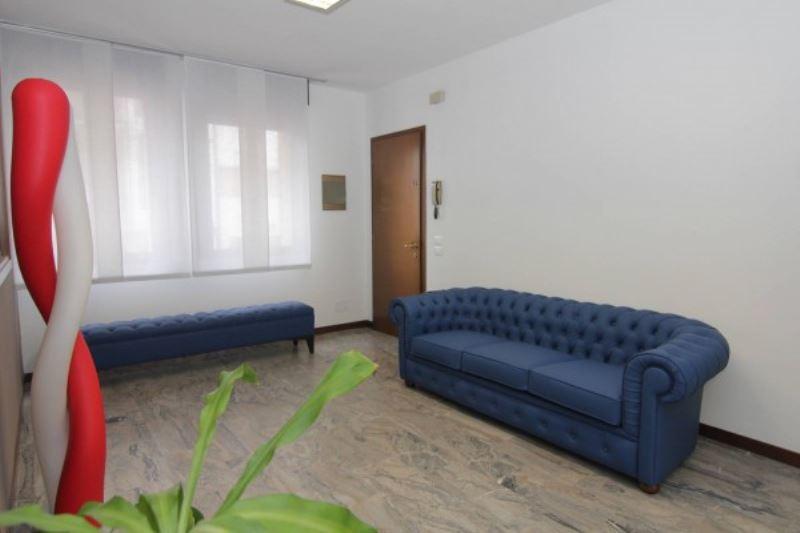 Negozio / Locale in affitto a Treviso, 1 locali, prezzo € 350 | Cambio Casa.it