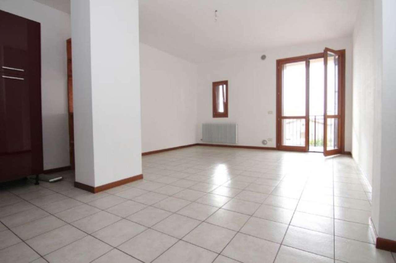Appartamento in vendita a Farra di Soligo, 3 locali, prezzo € 89.000 | Cambio Casa.it