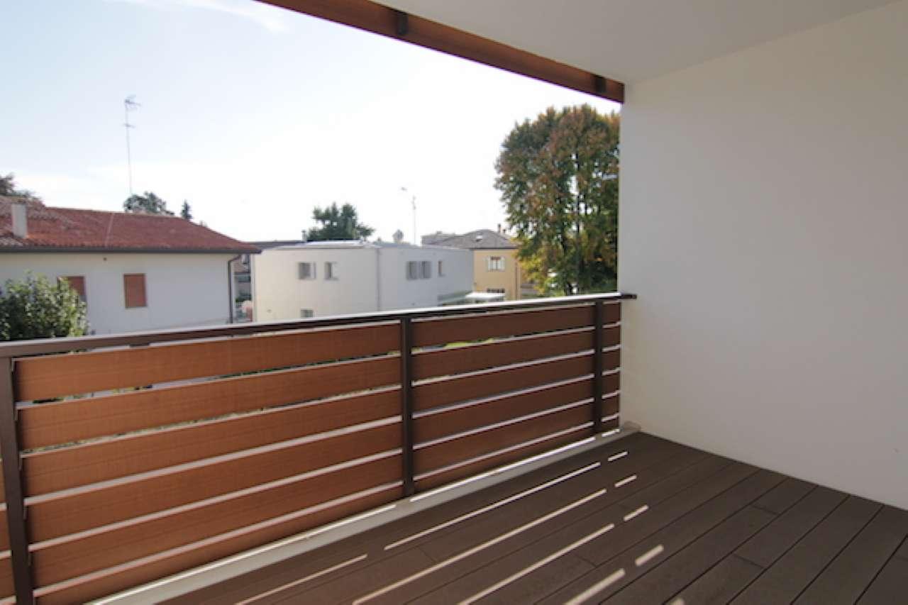 Appartamento in vendita a Treviso, 4 locali, prezzo € 255.000 | Cambio Casa.it