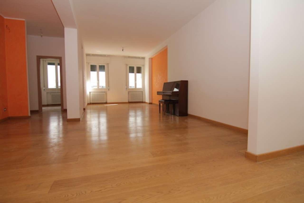 Appartamento in vendita a Treviso, 6 locali, prezzo € 269.000 | Cambio Casa.it